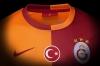 galatasaray ın formasında türk bayrağı olmaması