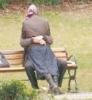 türbanlı sevgiliye sarılınca pis pis bakan laikçi