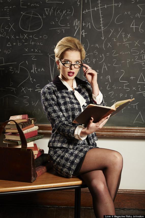 Fuckable teacher in glasses Nikki Sexx stripping in the classroom № 505572 без смс