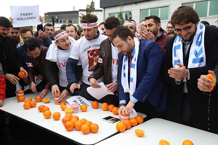portakal bıçaklamak