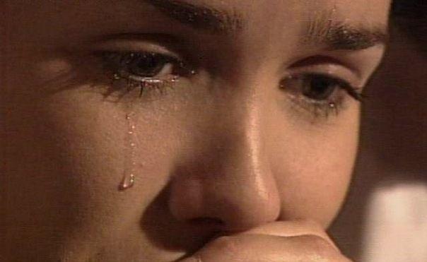 Image result for ağlayan kadın