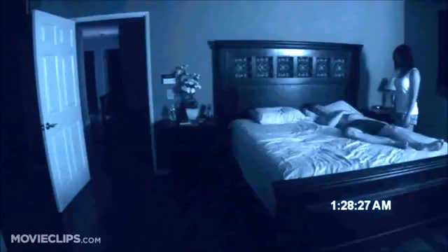 sevgilinin gece kalkıp sizi izlemesi