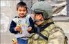türk askeri ve çocuk