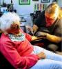 103 yaşında dövme yaptıran kadın