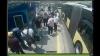 metrobüste maske uyarısı yaptı kör oldu