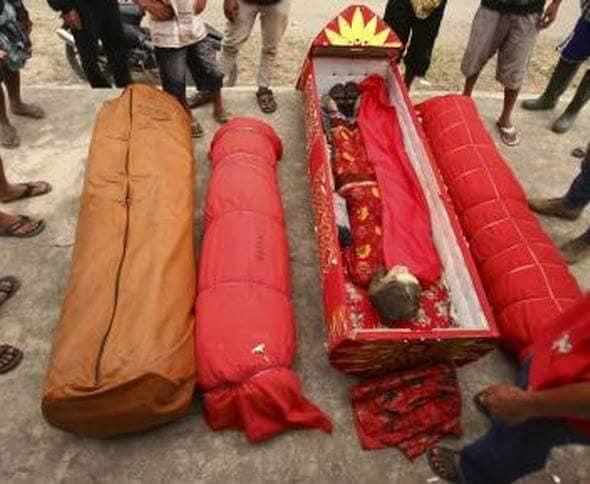 endonezya daki ölüleri mezardan çıkarma geleneği