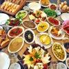 iftarda binbir çeşit yemekle açın halinden anlamak