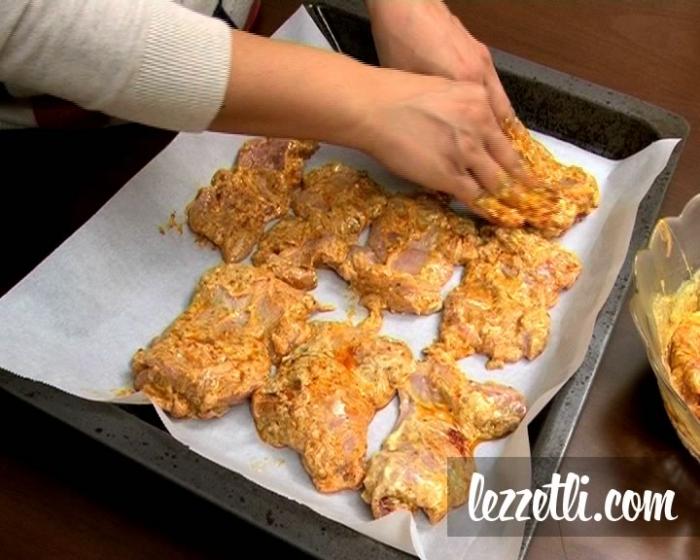 Fırında Tavuk Baget Yapılışı