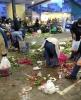 chplilerin pazar atıkları toplamaları