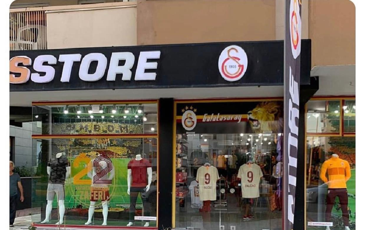 gs store de falcao forması satılması