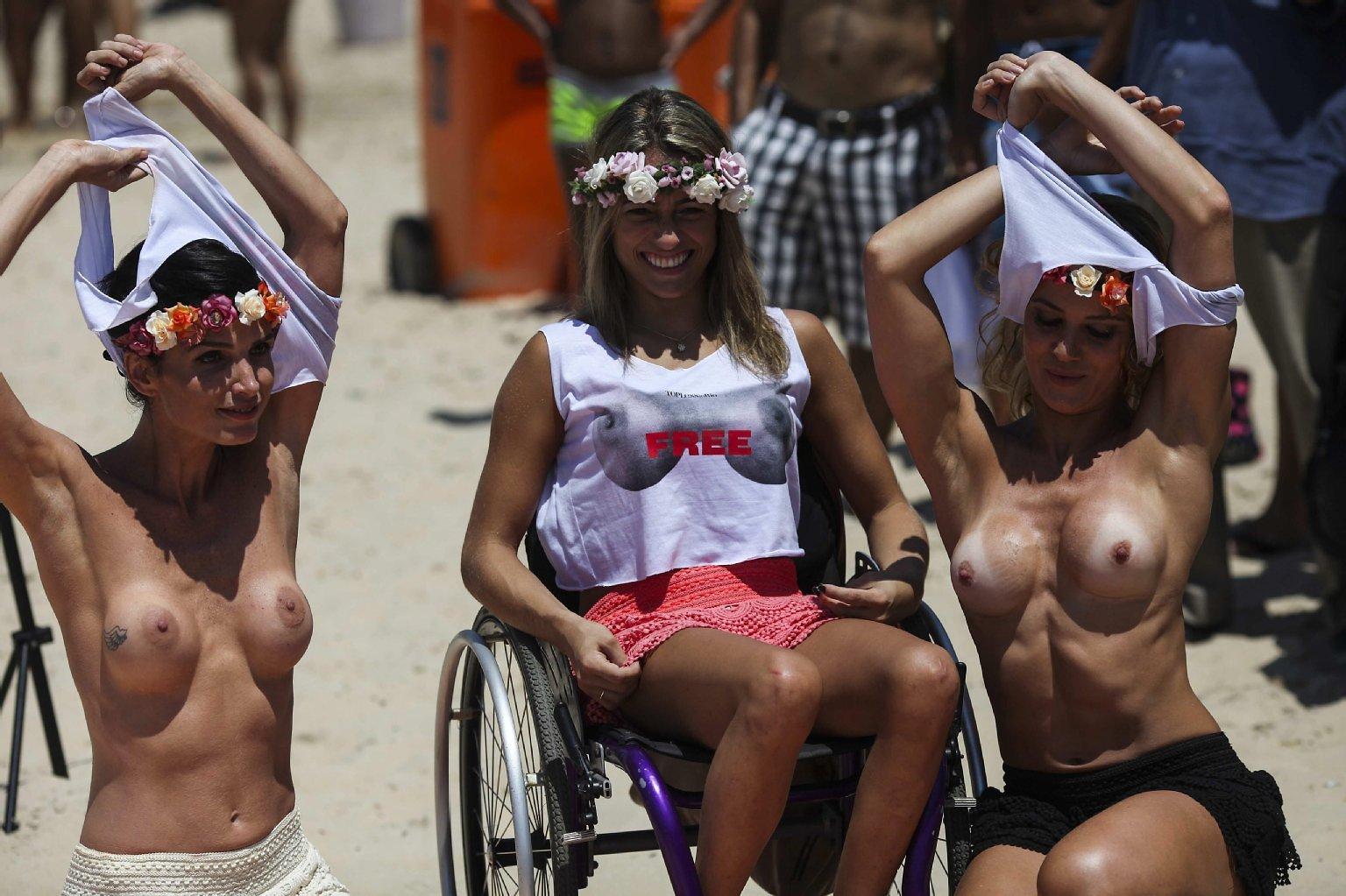 Фото и видео топлесс бразильянок, смотреть онлайн ебут суку азиатку в жопу